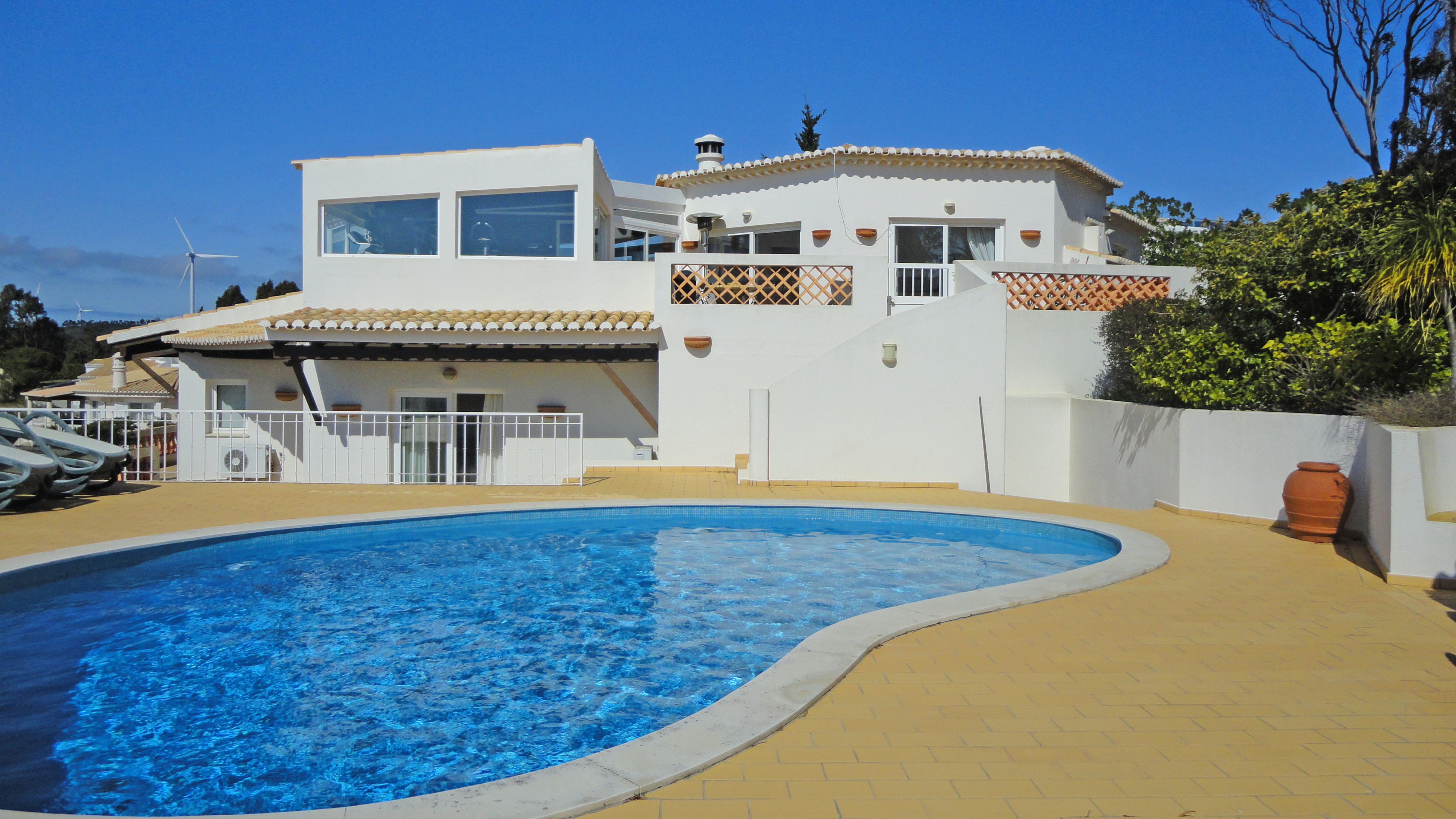 Beautiful 3 Bedroom Golf Villa With Pool And Games Room Budens West Algarve Lg1018 Togofor