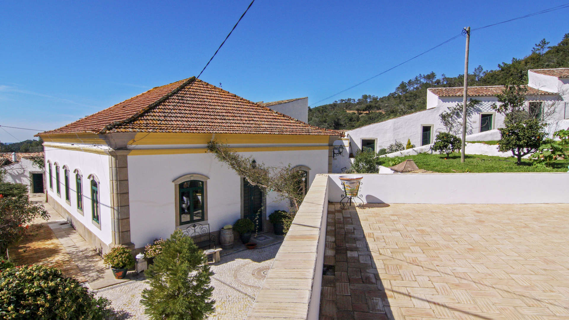Manor House with 5 individual units/guest houses spread over 10ha plot, Loulé | S1144