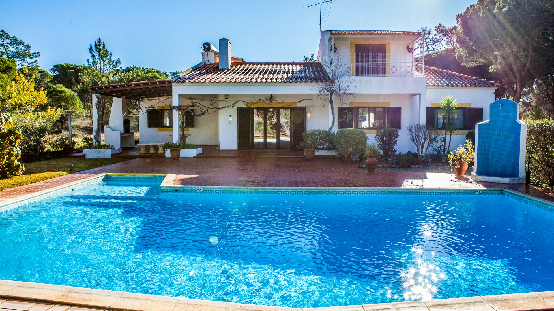 4 Bedroom Villa with Pool and Tennis Court, close to vale do Lobo | PRB010