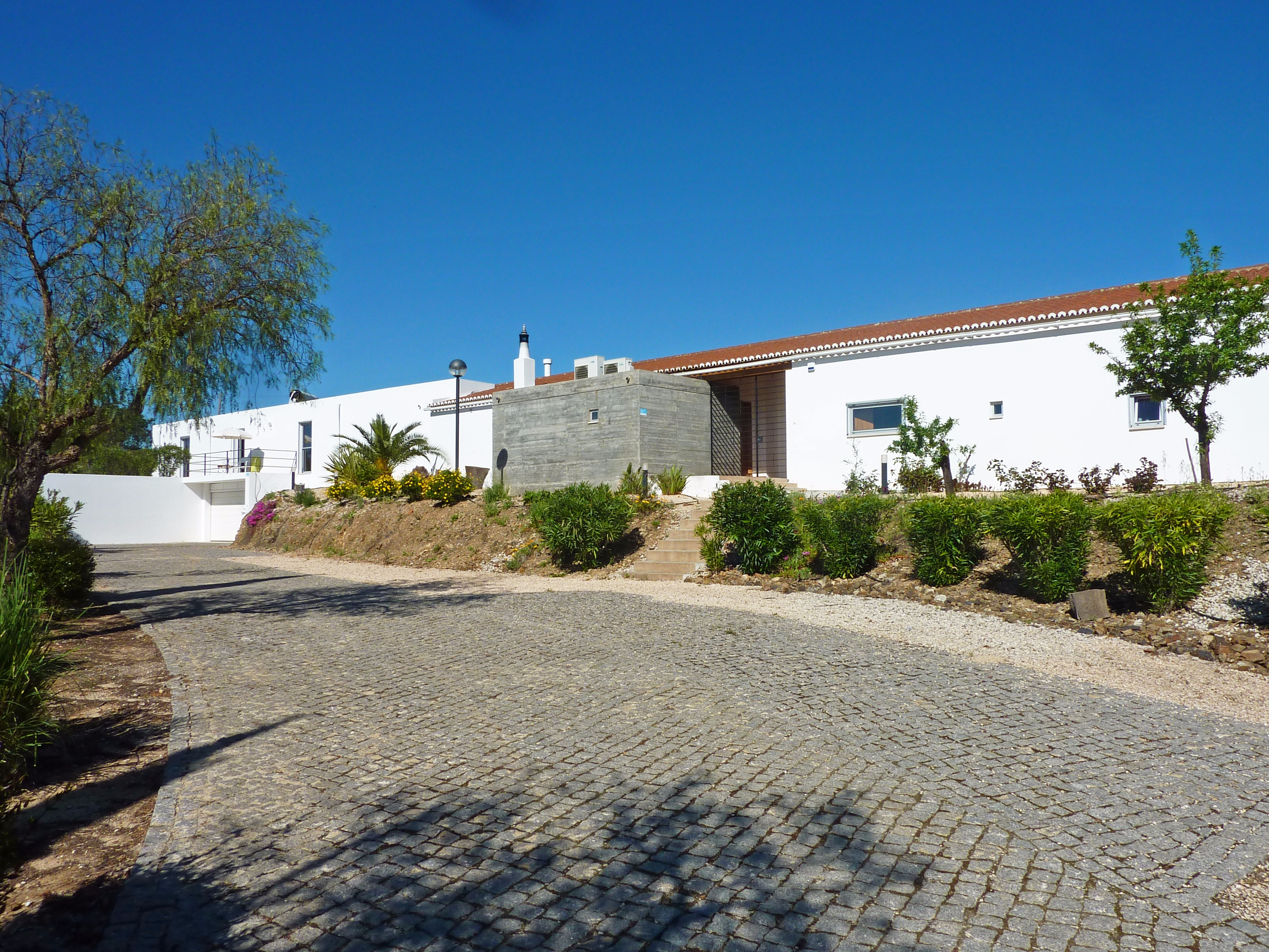 Stunning 3 Bedroom Villa with Guest Annex with Country Views, near Silves | S2821
