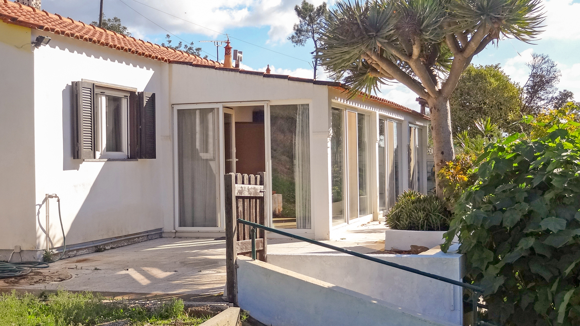 cosy 2 bedroom country cottage near to towns of monchique and portimão, west algarve