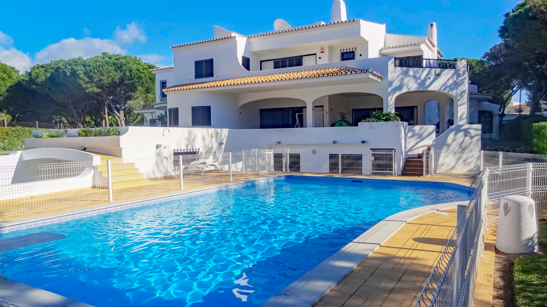 Makellose traditionelle 5 SZ Villa am Golfplatz, Vilamoura | VM752