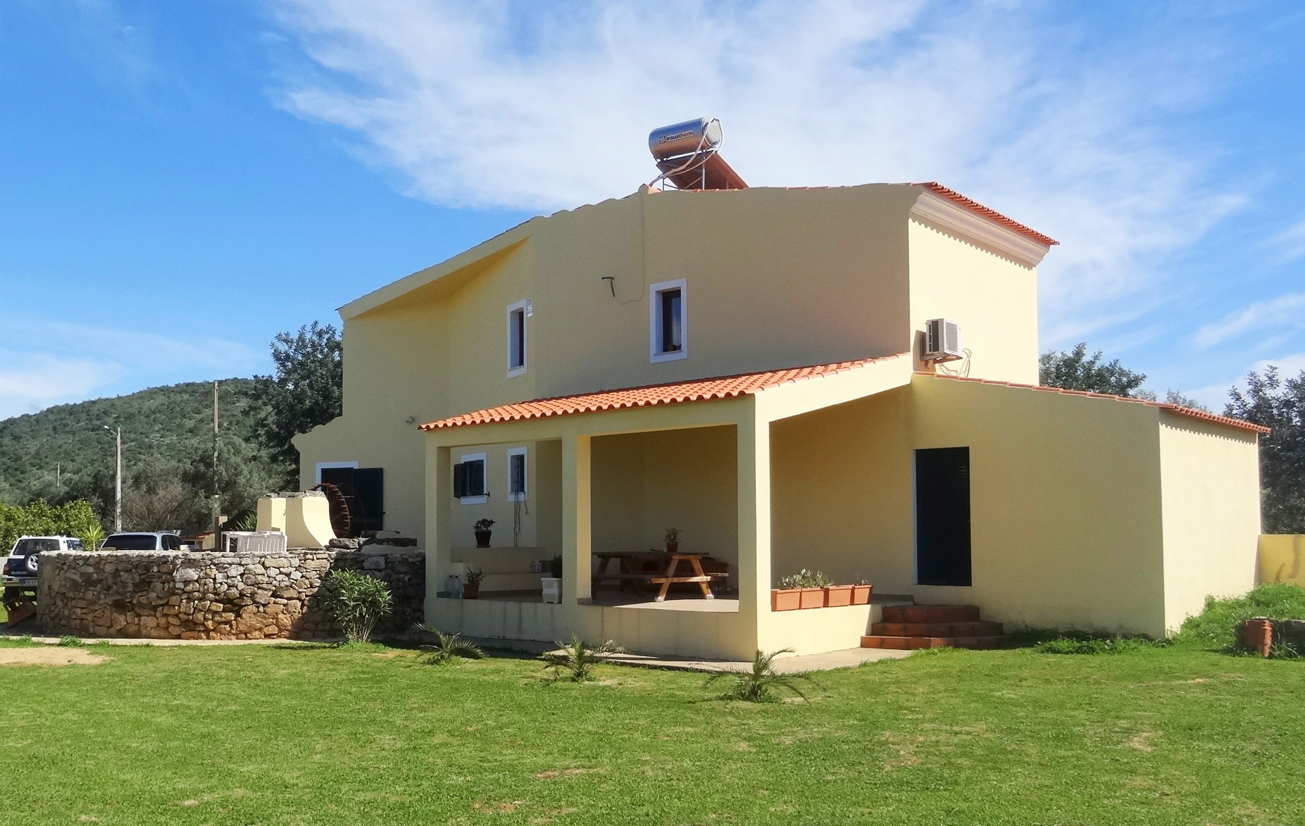 3 Bedroom House in the Countryside with Large Plot near Paderne, Albufeira | VM794