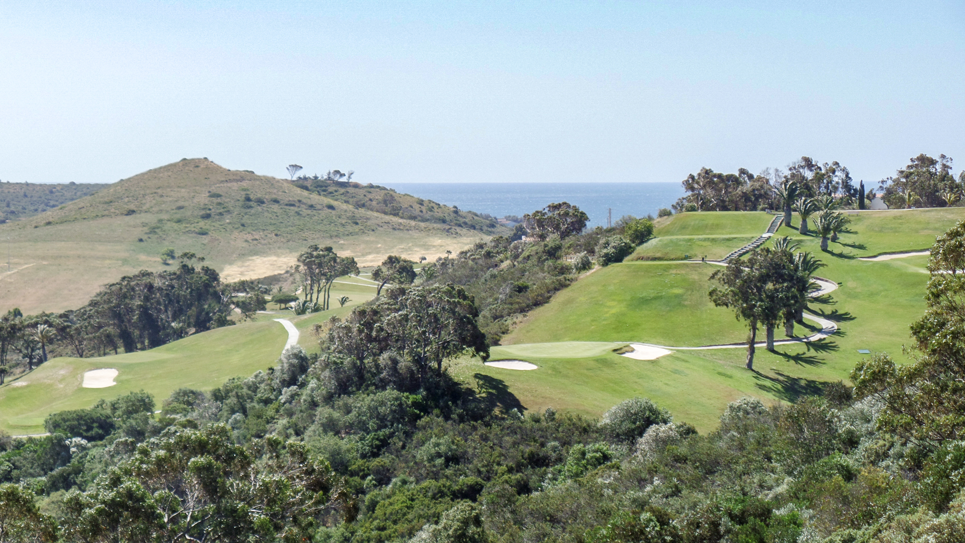 3 Bedroom Townhouse with spectacular golf, countryside and sea views, Budens, West Algarve | LG859
