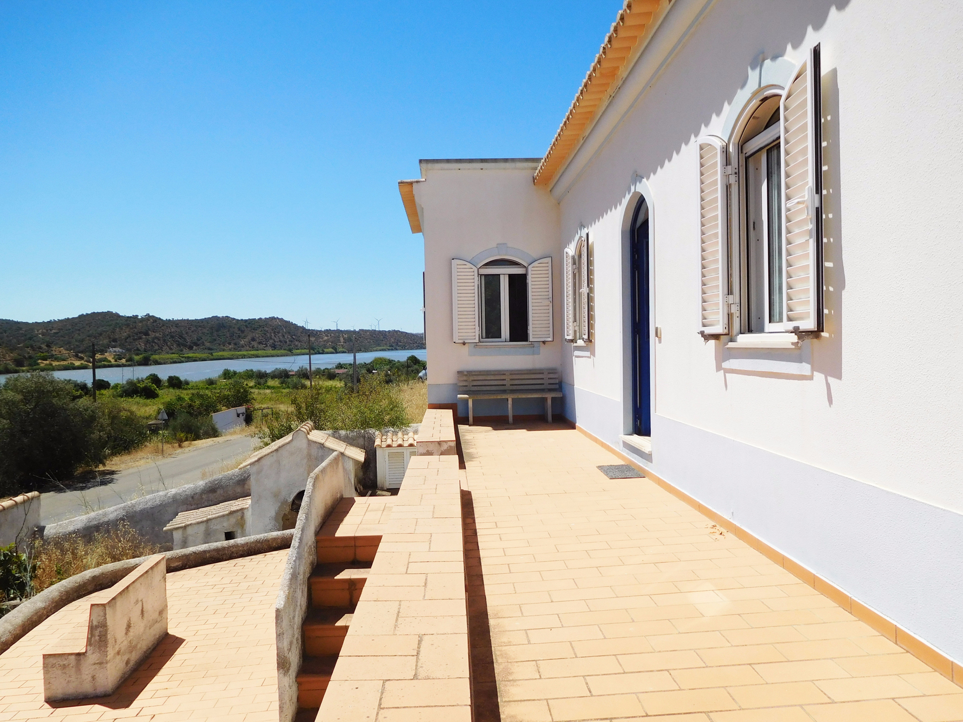 2 Bedroom Villa with Roof Terrace and Plot on Riverside, near Alcoutim | TV895