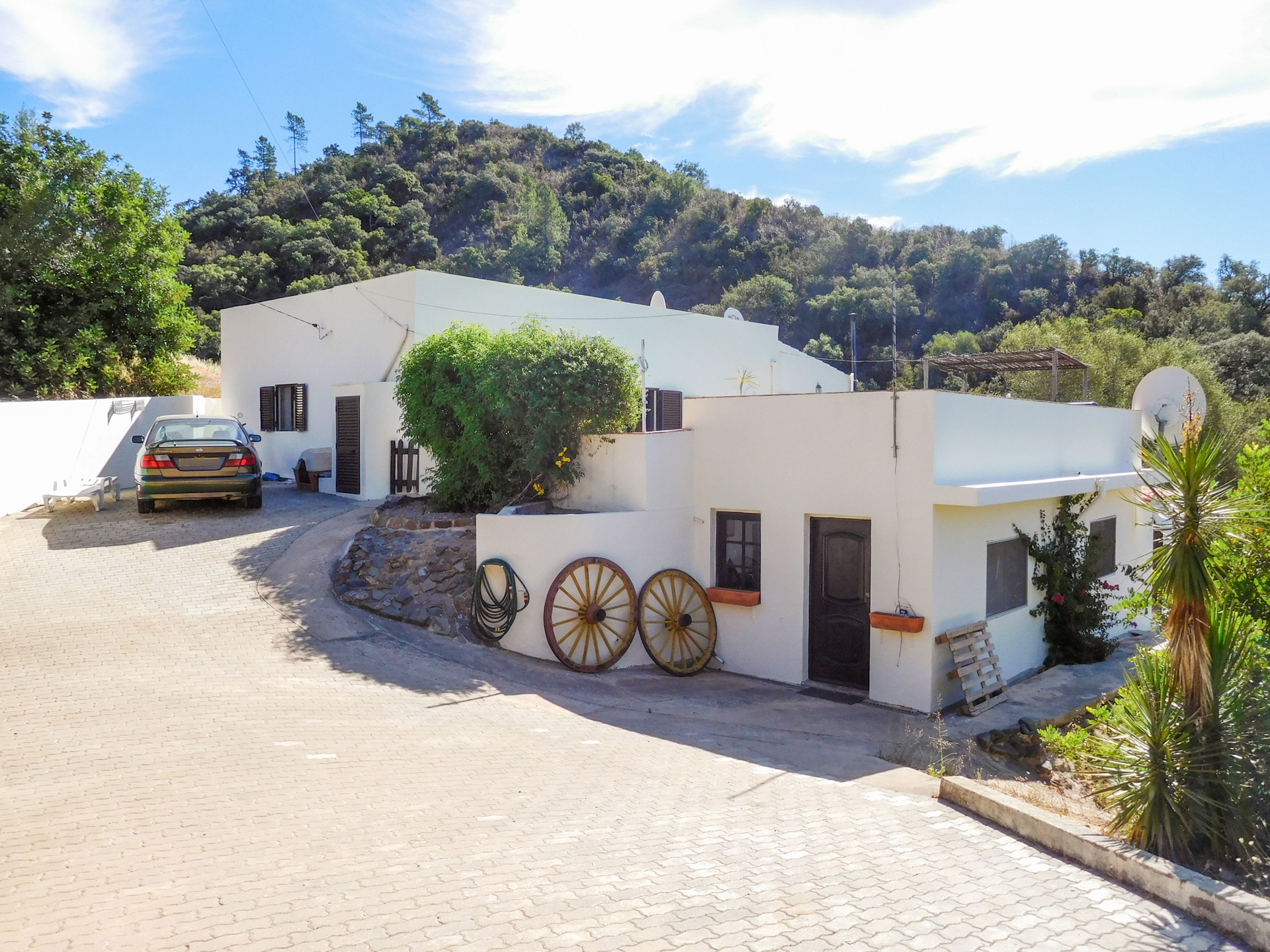 2-bedroom Country House with Pool, Annex in unspoiled rural location, Salir | VM912