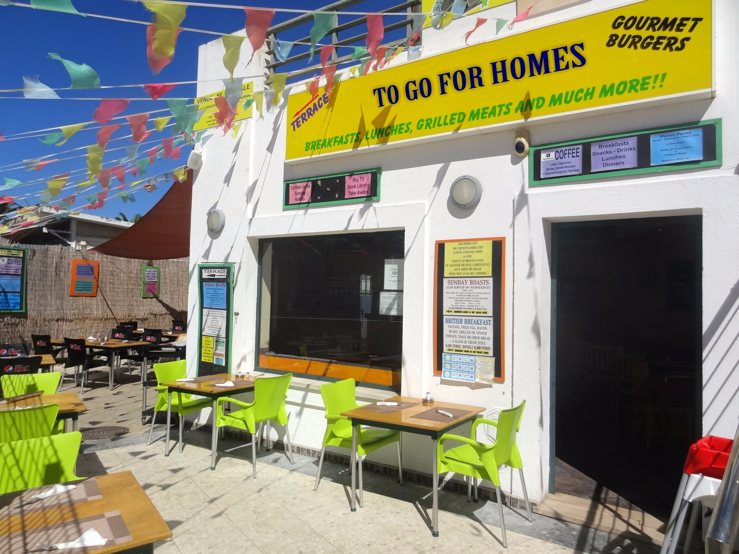 Business Opportunity – Successful Bar-Restaurant in Busy Albufeira Resort | VM914 Successful bar and restaurant in Albufeira centre, only metres from the beach. It is a great business opportunity in a prime location.