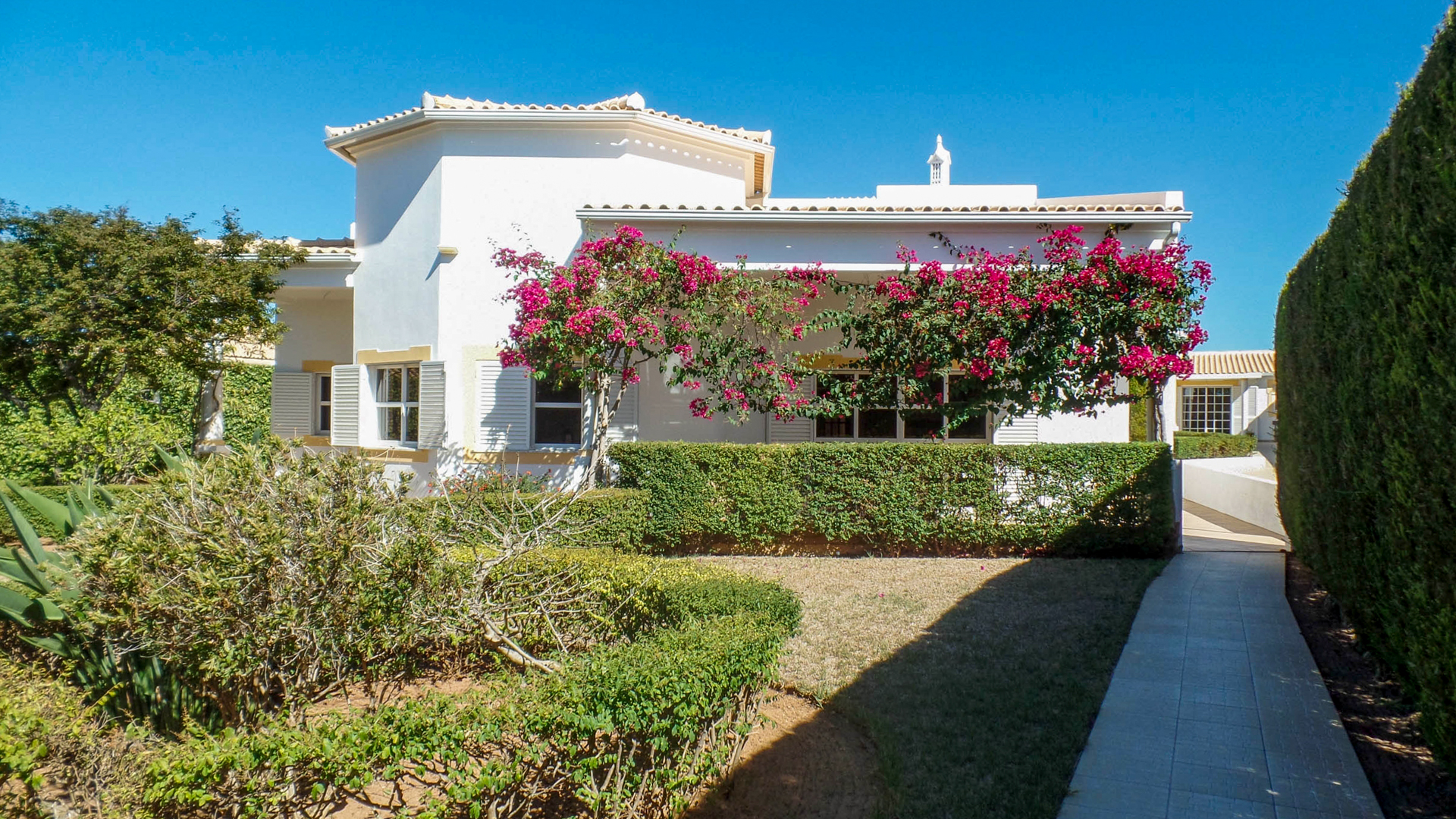 4 Bedroom Villa with Pool and 1 bed Annex, near Ferragudo, West Algarve | VM928