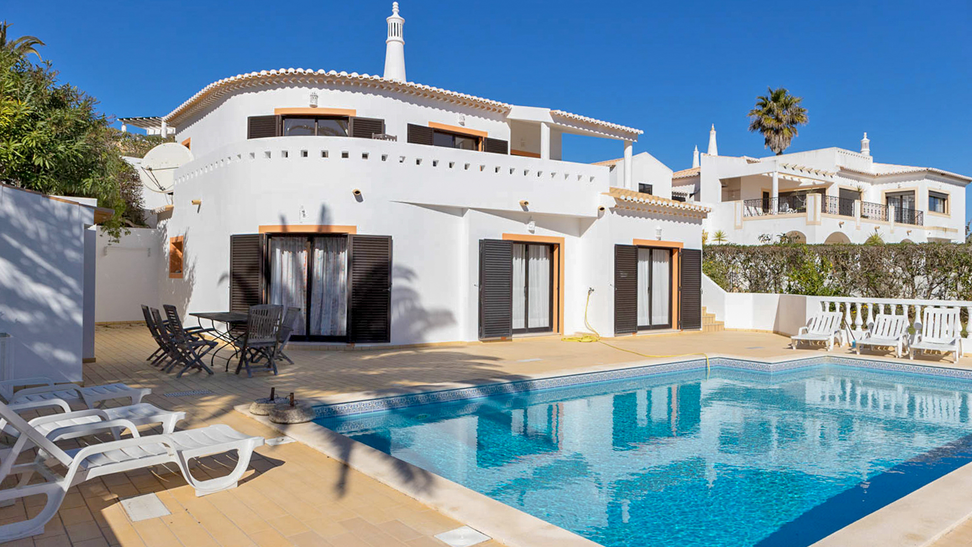 charming 3 bedroom golf villa with pool and mature garden, Budens, West Algarve | LG992