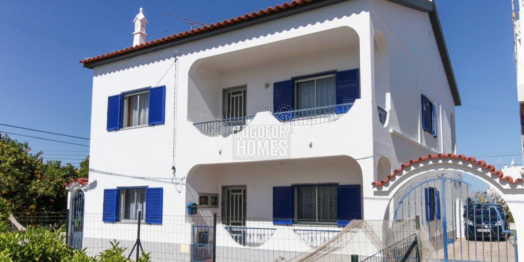 maison 2 tages indpendants avec 6 chambres avec jardin extrieur et parking luz de tavira
