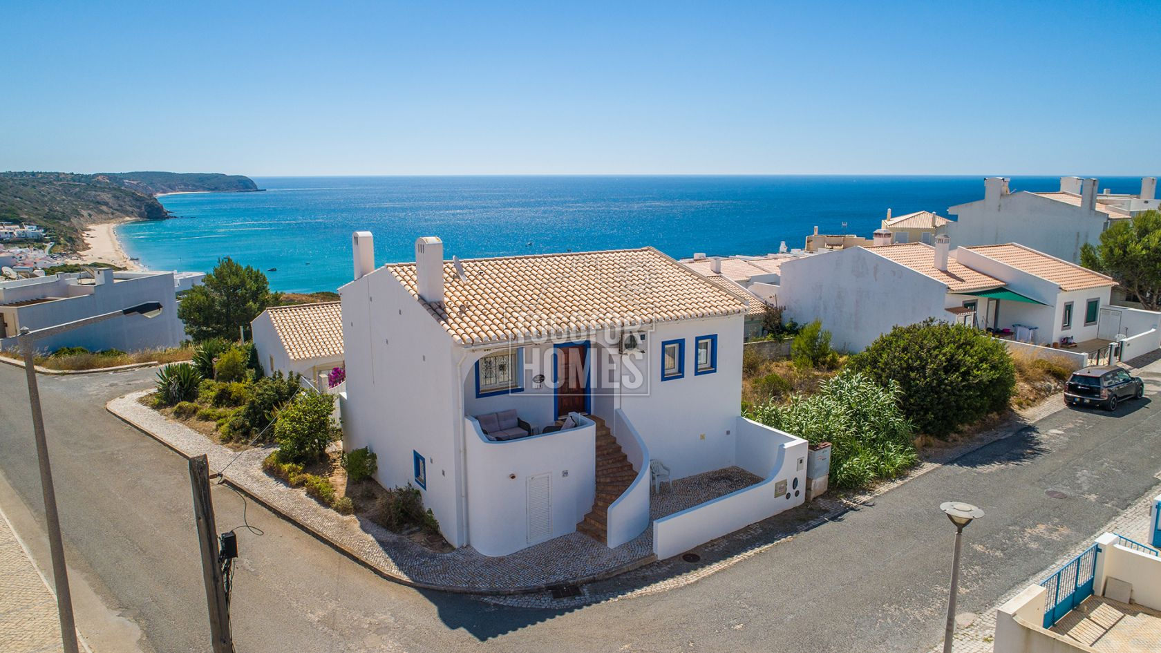 3 bedroom house garden with amazing uninterrupted sea views salema west algarve lg1148 togofor homes