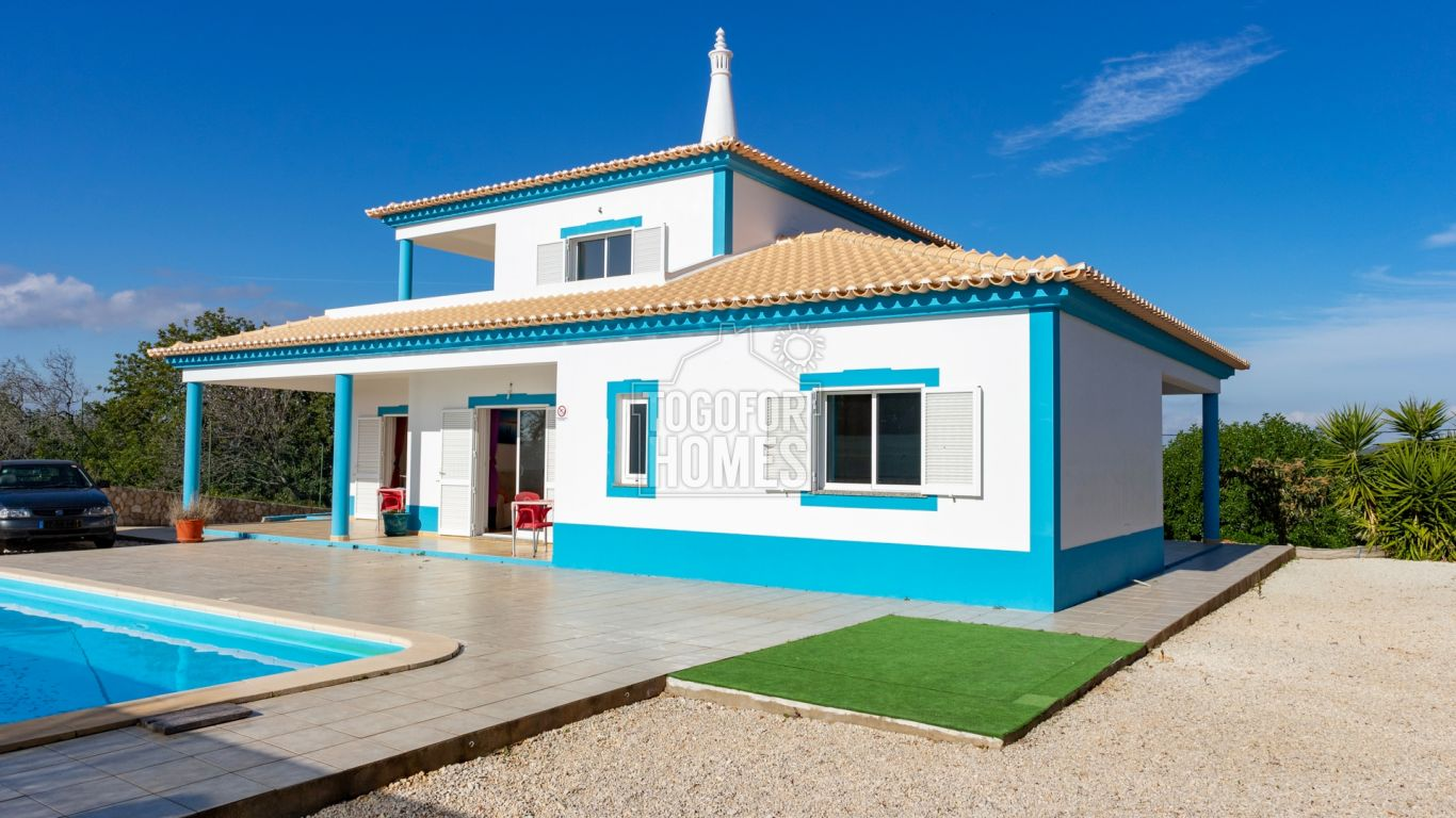 VM1345 - South facing 3+1 Bedroom Villa with beautiful Countryside and Sea View, near Silves