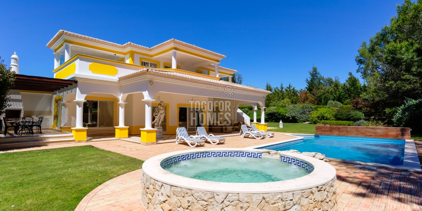 LG851 - 4 Bedroom Golf Villa with Sea Views in Alvor